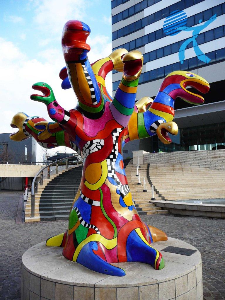 snake sculpture Tokyo